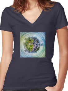 City Panorama HDR Women's Fitted V-Neck T-Shirt