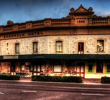 The Shamrock, Northam, WA by Malcolm Katon