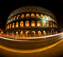 The Colosseum at night by thephotosnapper