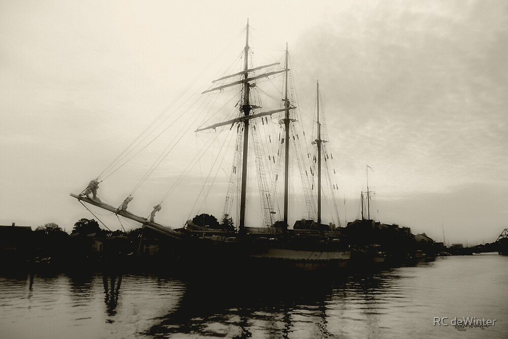 Clouding Up by RC deWinter