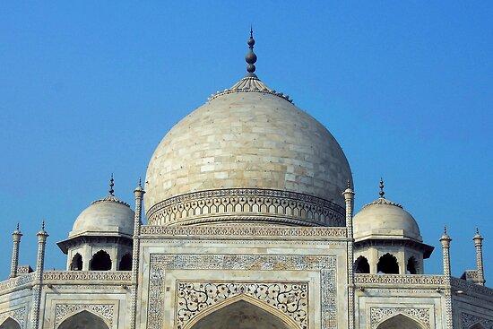 Actual Tomb of Taj Mahal by RajeevKashyap