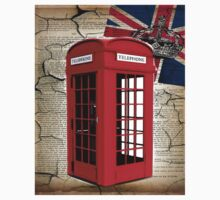 rustic grunge union jack retro london telephone booth Kids Clothes