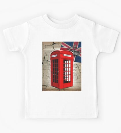 rustic grunge union jack retro london telephone booth Kids Tee