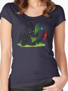 Dragons Love Grass Women's Fitted Scoop T-Shirt