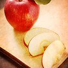 Apples by VikaRayu