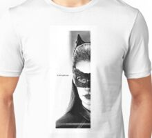 Anne Hathaway, Selina Kyle - The Dark Knight Rises. Unisex T-Shirt