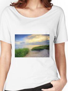 Grassy Beach Sunset Women's Relaxed Fit T-Shirt