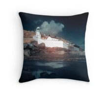 Reflections in the sand. Throw Pillow