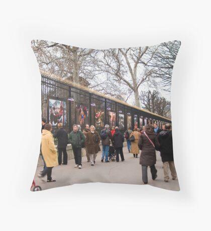 Jardin du Luxembourg Throw Pillow