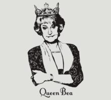 Queen Bea (Style Light) by HEADLESSTORSO