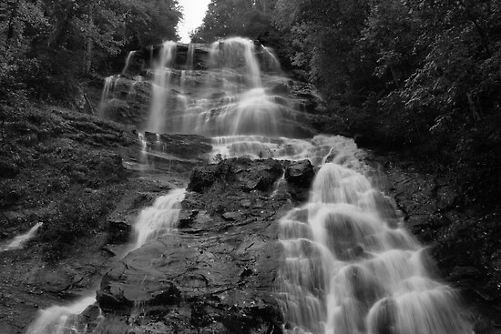 Amicalola Falls by Michael McCasland
