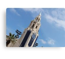 Diamond Carthay Circle Metal Print