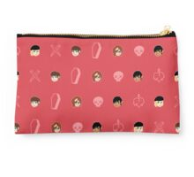 16 candles_hunters pattern Studio Pouch