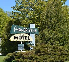 The Patio DRIVE-IN and MOTEL by stlmoon