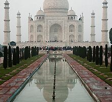 Taj Mahal- The Symbol of Love and Beauty by Mukesh Srivastava
