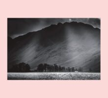 Buttermere Rays, Lake District Kids Tee
