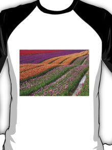 Monet Alive-colorful tulip field waves T-Shirt