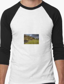 Dry Stone Wall and Barn Landscape Men's Baseball ¾ T-Shirt