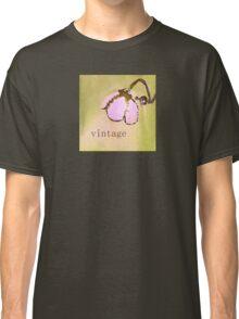 Pretty Pink Vintage Lamp Classic T-Shirt
