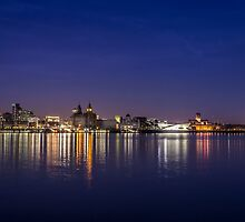 Night lights of Liverpool by Paul Madden