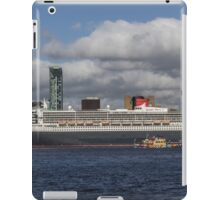 Queen Mary 2 and Dazzle Ferry iPad Case/Skin