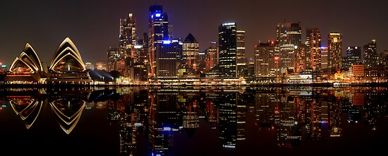 Sydney Skyline (best viewed large) by Son Truong