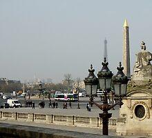 Place de la Concorde, Obélisque de Luxor et tour de Eiffel by Rosie Appleton