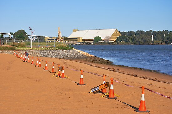 Brisbane River Beach Closed by Rees Pearse