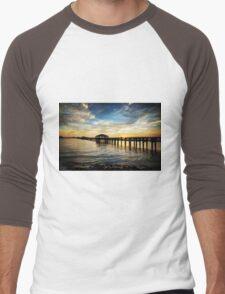 Biloxi Bay Sunset with Pier Men's Baseball ¾ T-Shirt