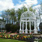 Torrance Garden, East Kilbride by ElsT
