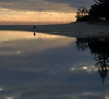 Dawn reflections by Richard  Stanley