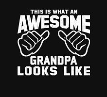 This is What an AWESOME GRANDPA Looks Like Retro Unisex T-Shirt