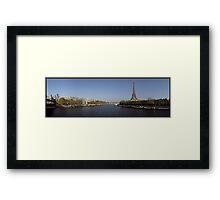 Eiffel et le Seine Framed Print