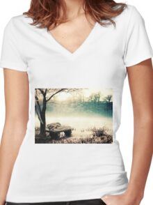 This Place Women's Fitted V-Neck T-Shirt
