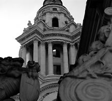 Building near Saint Pauls London by Jo  Kyles