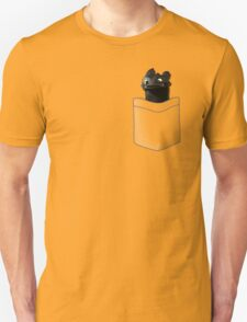 Toothless in your Pocket t shirt T-Shirt