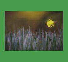 Solitary Daffodil Kids Tee