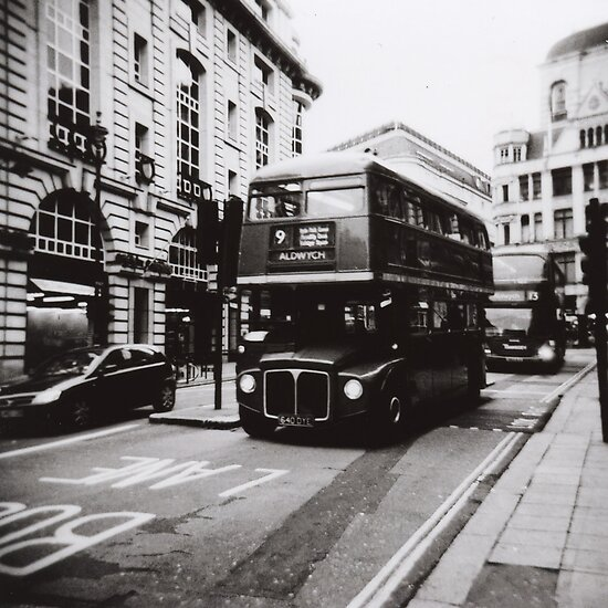 Medium Format Photography: London bus 9 by Mattias Olsson