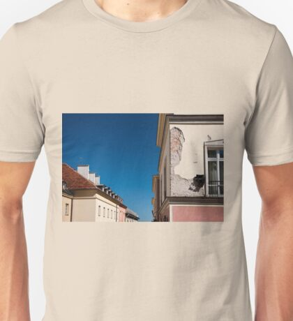 Architecture detail cracked house Unisex T-Shirt