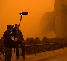 Sydney Dust Storm 2009 - Harbour Bridge News Crew by jomar