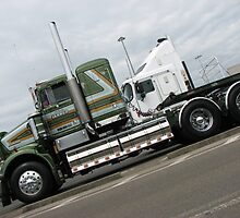 Riviera Visual - Kenworth W900 SAR by RIVIERAVISUAL