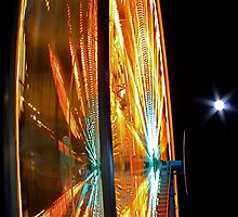 Ferris Wheel and Moon by greg1701