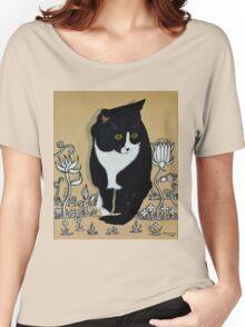 Tuxedo Cat... Women's Relaxed Fit T-Shirt