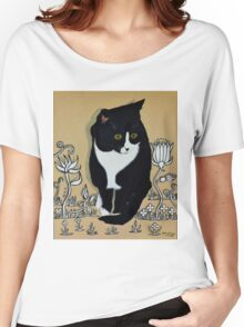 Tuxedo Cat... Women's Relaxed Fit T-Shirt