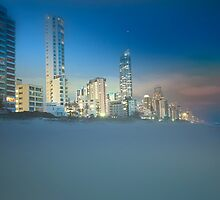 Surfers Paradise   by Darren Greenwell