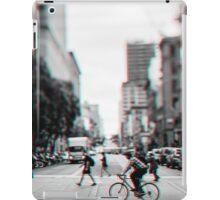 Stereoscopic San Francisco People iPad Case/Skin