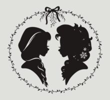 Elsa and Anna Silhouette // Disney Frozen Sisters T-Shirt