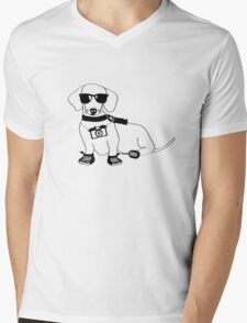 Hipster Dachshund - Cute Dog Cartoon Character - Sausage Dog - Weiner Dog Mens V-Neck T-Shirt