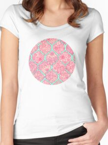 Moroccan Floral Lattice Arrangement - pink Women's Fitted Scoop T-Shirt