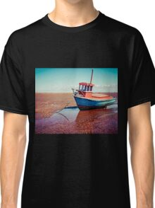 Fishing boat, Meols, Wirral Classic T-Shirt